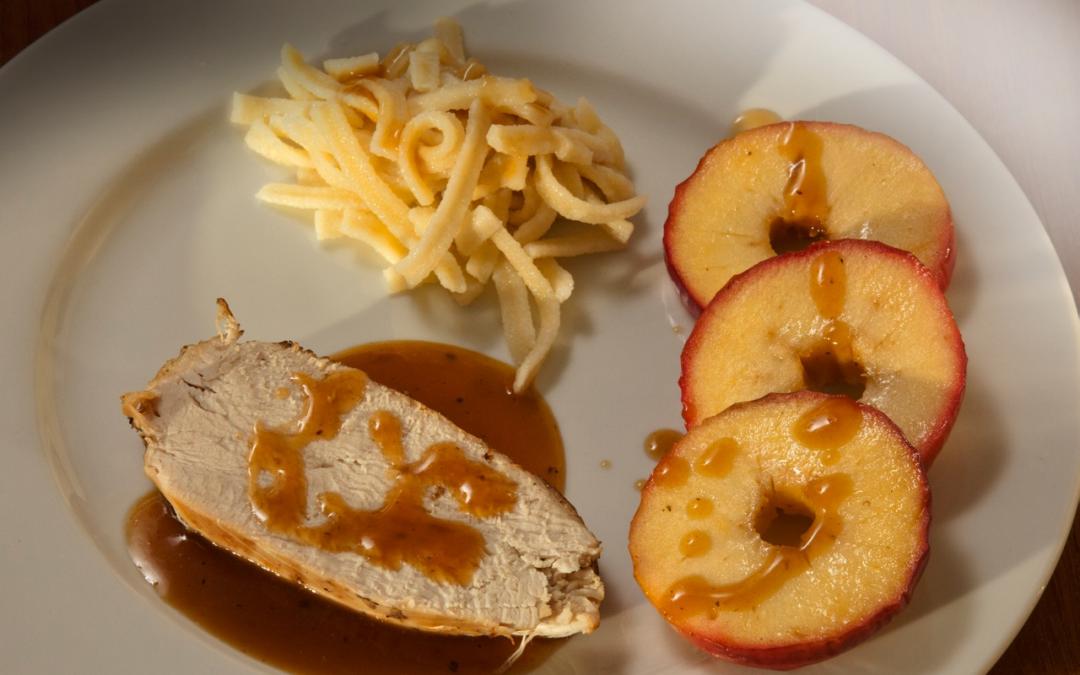 Putenbraten mit Äpfeln, Honig und Cidre