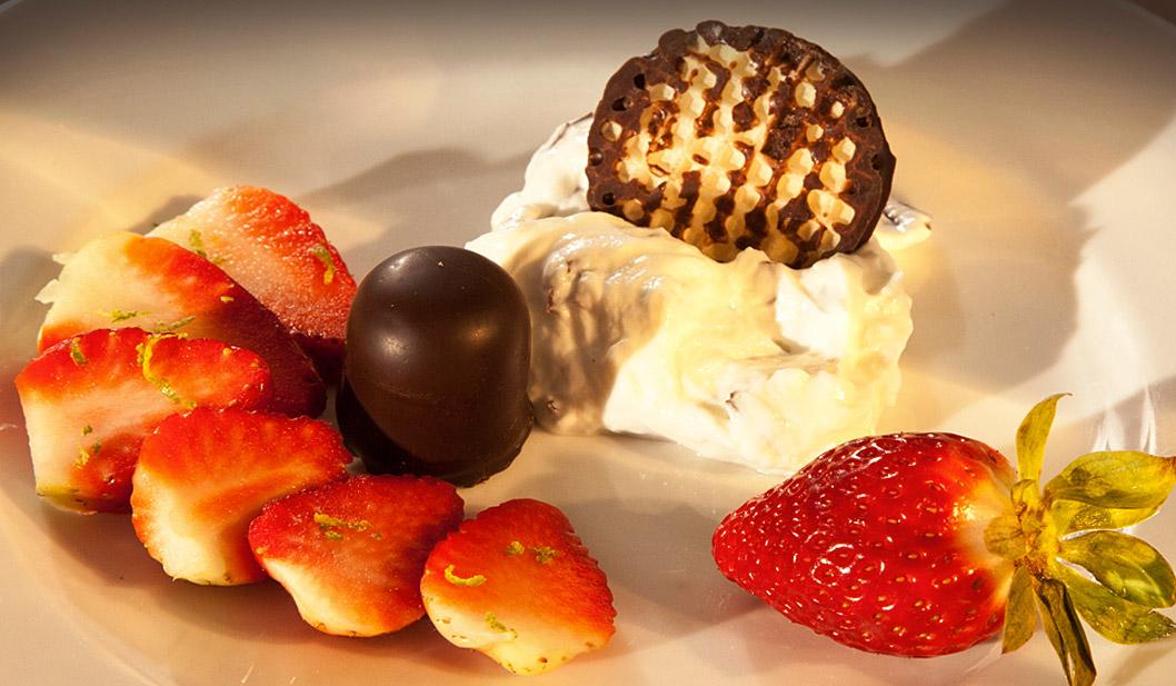 Schokoküsse mit Erdbeeren